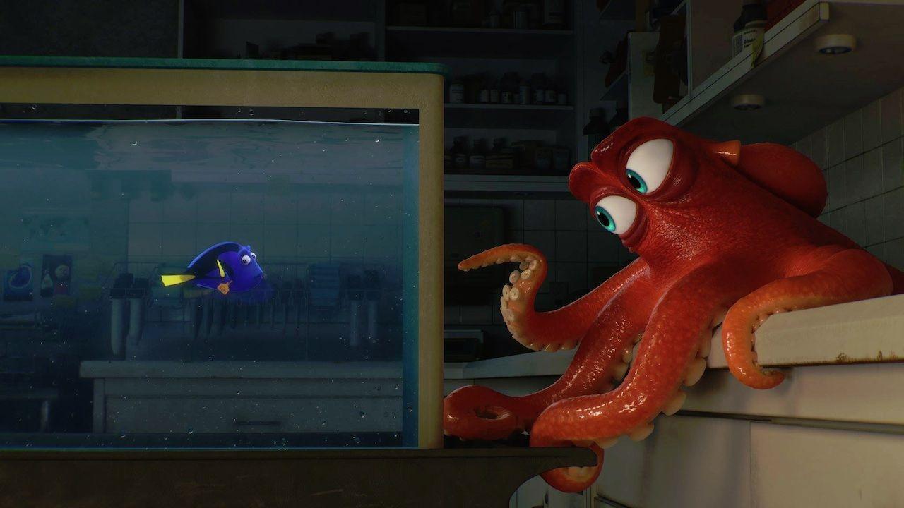 alla-ricerca-dory-l-8217-incontro-con-polpo-hank-nella-seconda-clip-dal-film-pixar-v2-262660