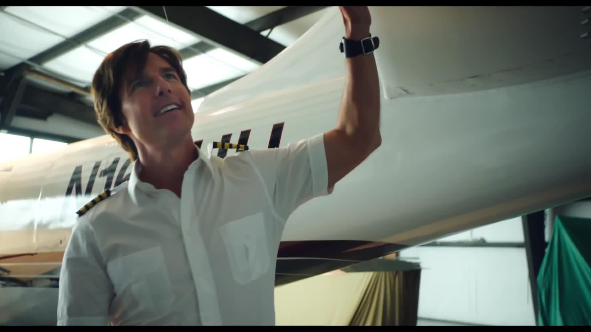 Barry Seal - Una storia americana: Prima clip dal film con Tom Cruise