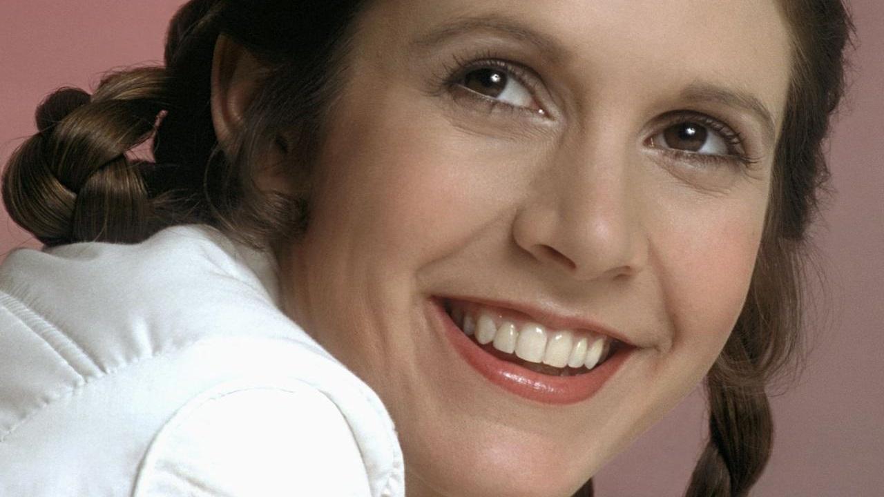 Carrie Fisher colta da un infarto mentre era in volo