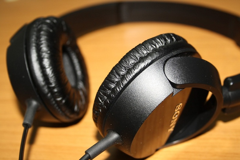 auricular-sony-mdr-zx100-la-plata-17411-MLA20137394865_072014-F