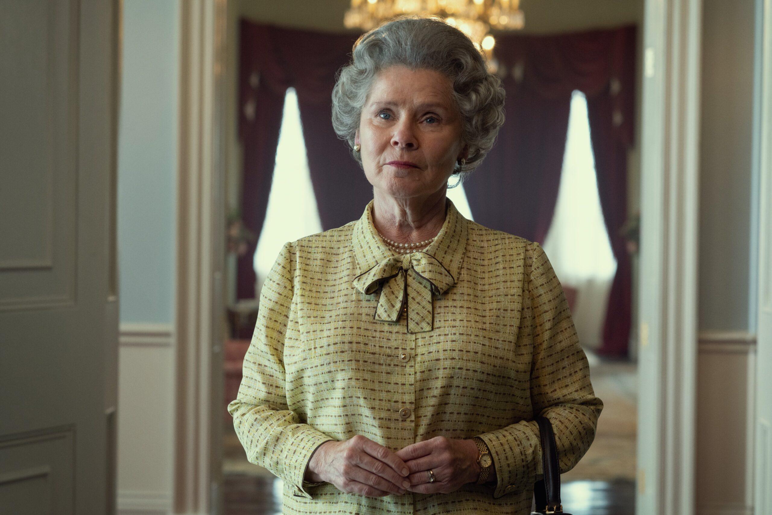 crown staunton regina elisabetta-1