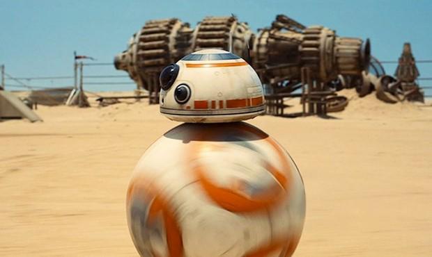 Star-Wars-Episodio-VII-Il-Risveglio-della-Forza-il-teaser-trailer-ufficiale-rifatto-coi-Lego