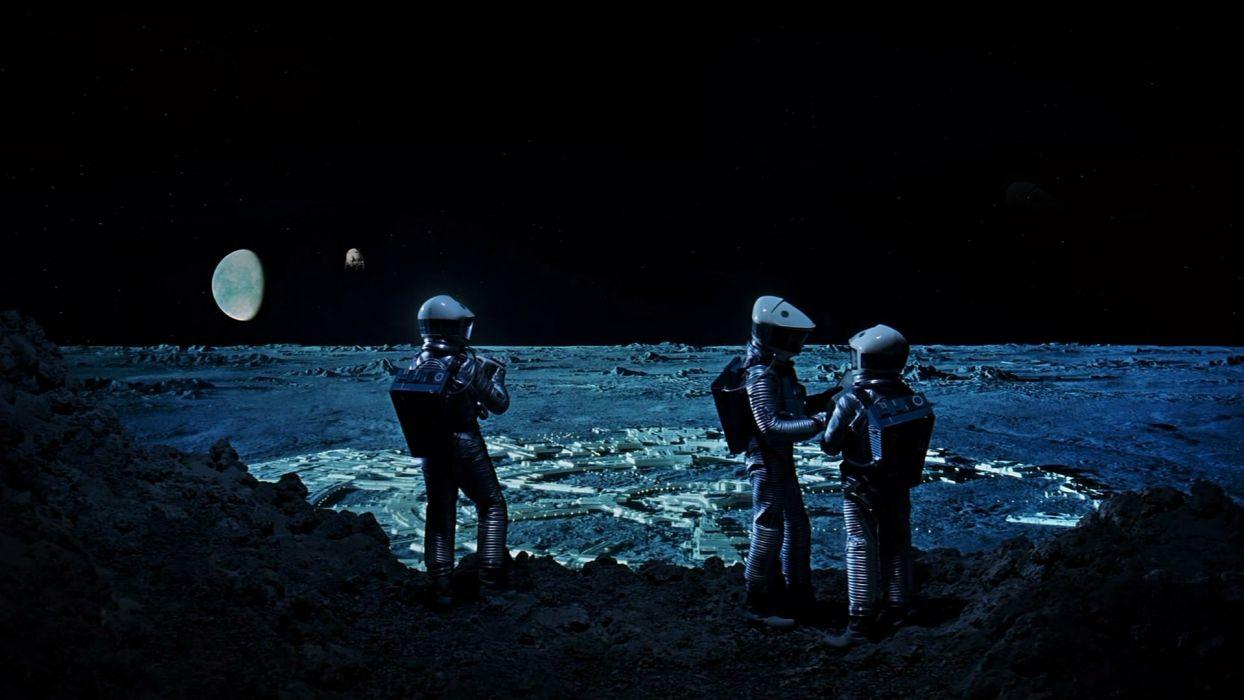Libri fantascienza luna