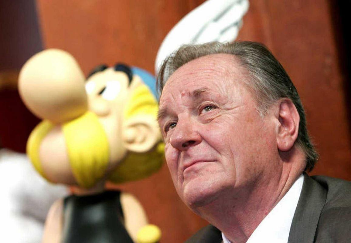 È morto Albert Uderzo, il disegnatore di Asterix