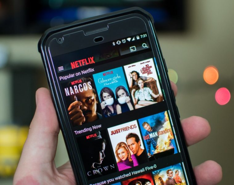 netflix abbonamento smartphone